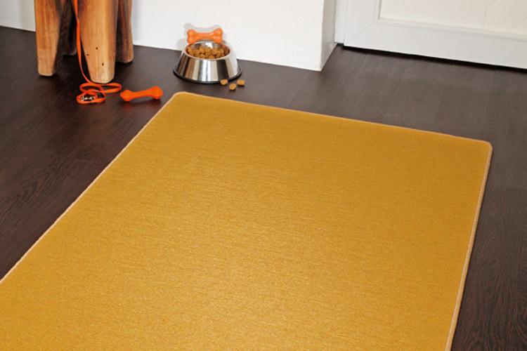Teppich gelb braun design